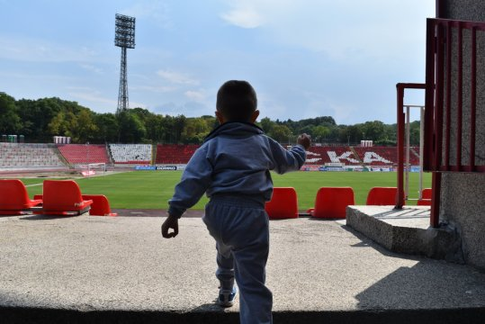 A surprise for the young army men before the match against Cherno more