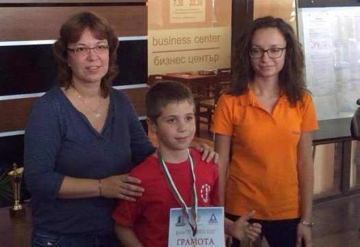 The young CSKA chess players with an excellent performance at the Pleven cup