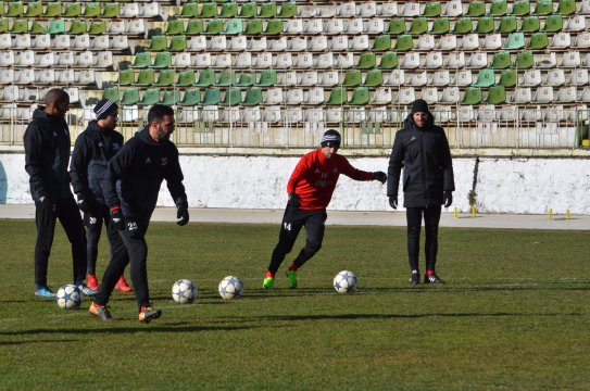 Only four are training in Sandanski (PHOTOS)