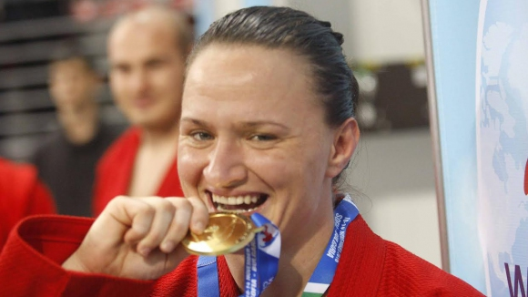 Maria Oryashkova with a fourth world title